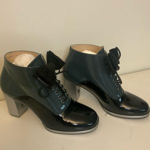 Chanel Patent Leather Black N Green Lace Up Boots